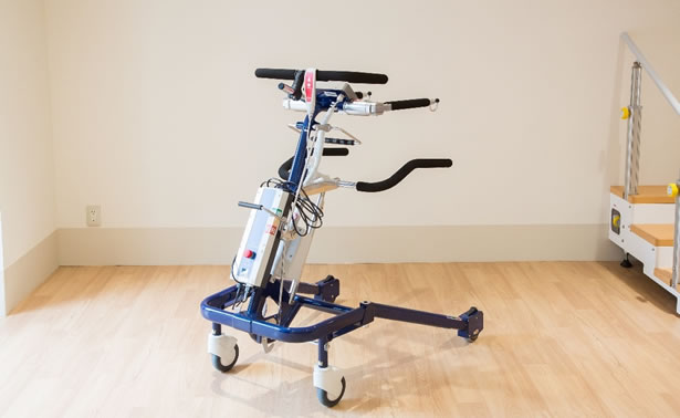 写真:ポポ 免荷式歩行器